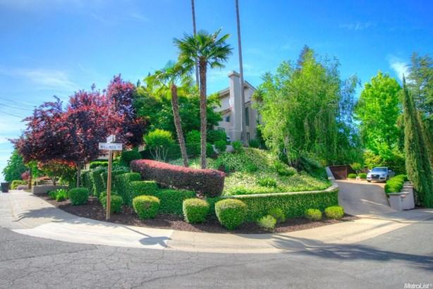 8579 Emperor Drive, Fair Oaks, CA - USA (photo 2)