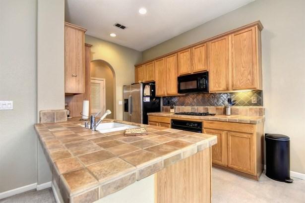 1800 Granite Way, Roseville, CA - USA (photo 5)