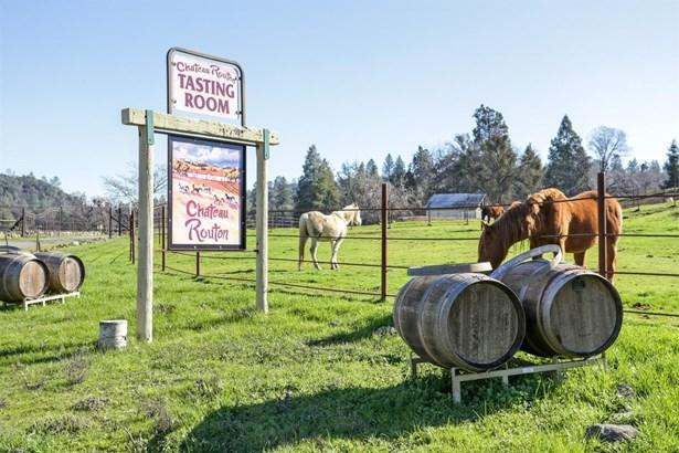 2700 Omo Ranch Road, Somerset, CA - USA (photo 1)