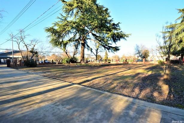 850 Oak Lane, Rio Linda, CA - USA (photo 3)