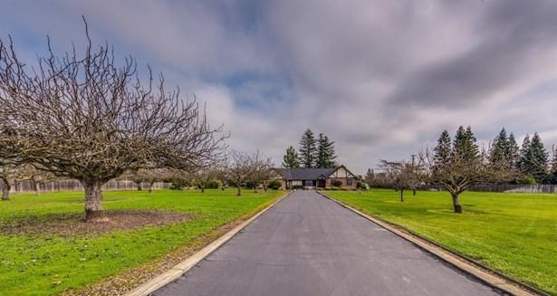 8359 Excelsior Road, Sacramento, CA - USA (photo 2)