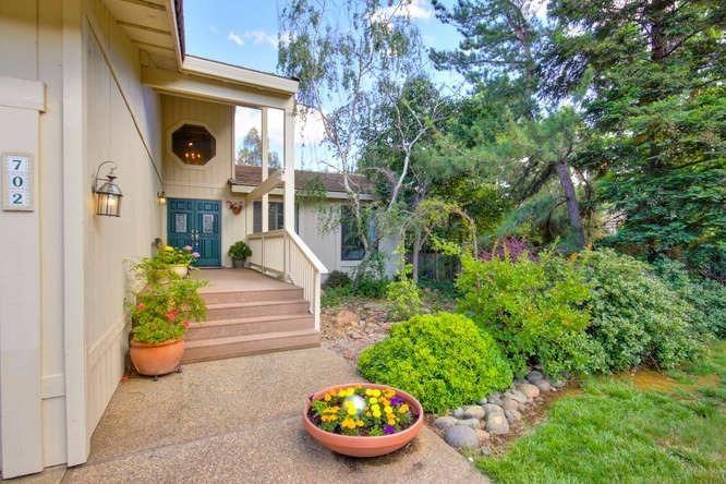 702 Sterling Court, El Dorado Hills, CA - USA (photo 2)