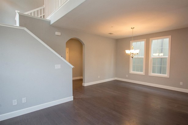 1317 Durance Place, Roseville, CA - USA (photo 3)