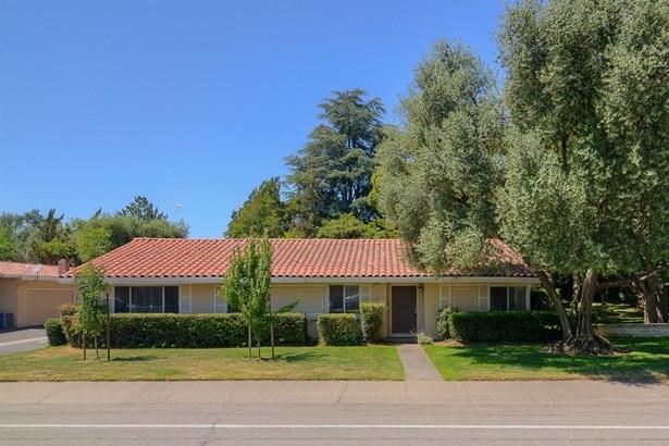 8385 La Riviera Drive, Sacramento, CA - USA (photo 1)