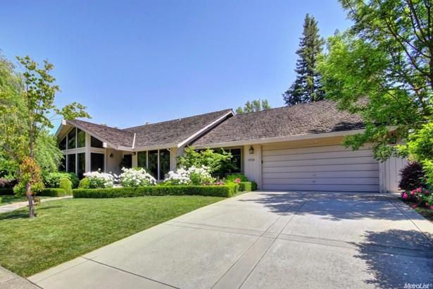 1705 Haggin Grove Way, Carmichael, CA - USA (photo 1)