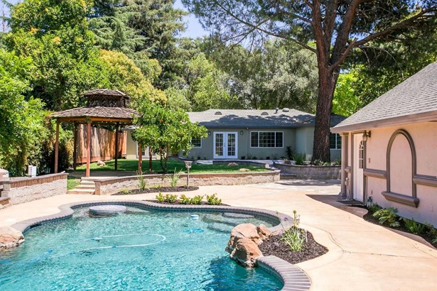 2609 Garfield Avenue, Carmichael, CA - USA (photo 4)