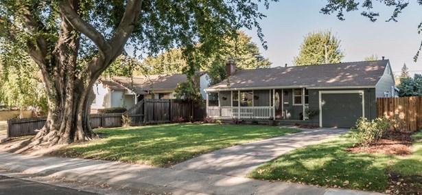 4135 Mckinley Boulevard, Sacramento, CA - USA (photo 1)