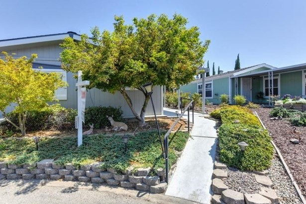6834 Caywood Court, Citrus Heights, CA - USA (photo 4)