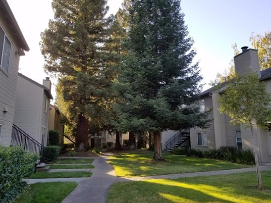 9119 Newhall Drive 16, Sacramento, CA - USA (photo 2)