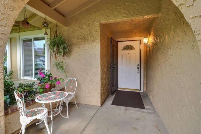 388 Valleywood Drive, Woodland, CA - USA (photo 2)