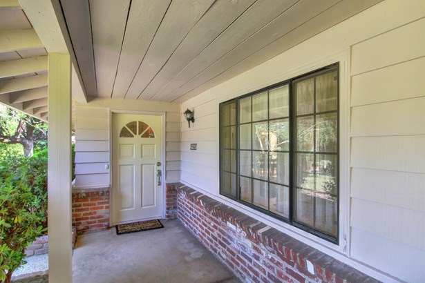 4310 Forest Hill Court, Carmichael, CA - USA (photo 3)