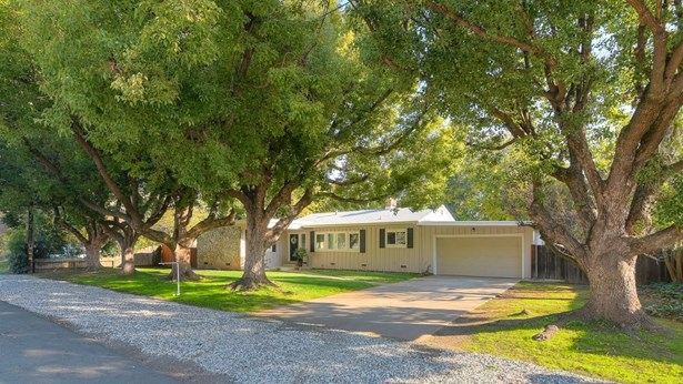 910 Dennis Way, Yuba City, CA - USA (photo 2)