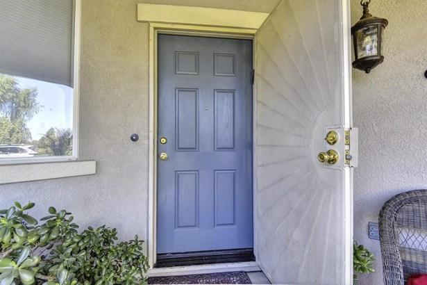 2448 Rose Arbor Drive, Sacramento, CA - USA (photo 4)