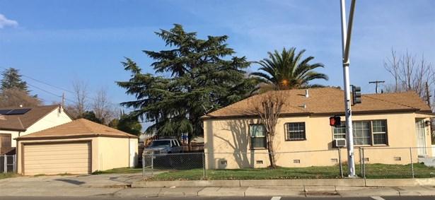 3839 Martin Luther King Boulevard, Sacramento, CA - USA (photo 3)