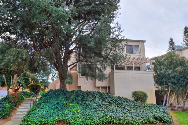 3024 Swallows Nest Drive, Sacramento, CA - USA (photo 1)