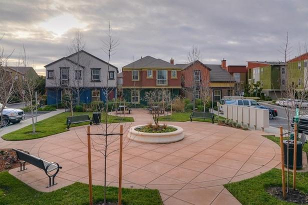805 Platinum Lane, West Sacramento, CA - USA (photo 1)