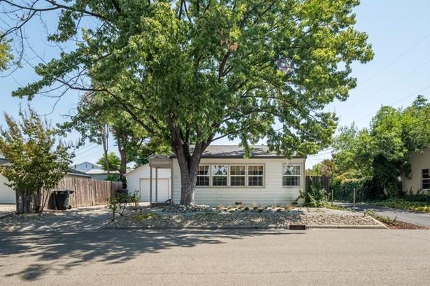 312 Fremont Avenue, Roseville, CA - USA (photo 2)
