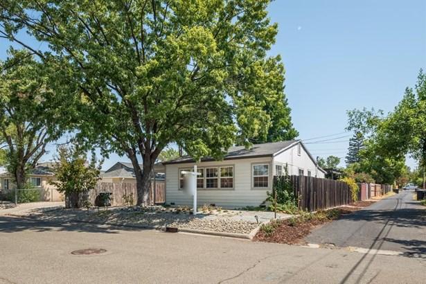 312 Fremont Avenue, Roseville, CA - USA (photo 3)