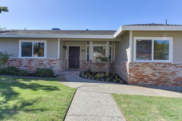 3403 Lindi Court, Carmichael, CA - USA (photo 3)