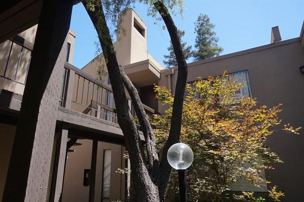 888 Woodside Lane 12, Sacramento, CA - USA (photo 1)