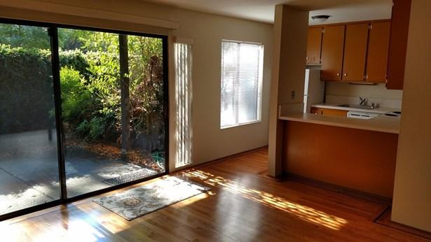 740 Woodside Lane East Lane 5, Sacramento, CA - USA (photo 3)