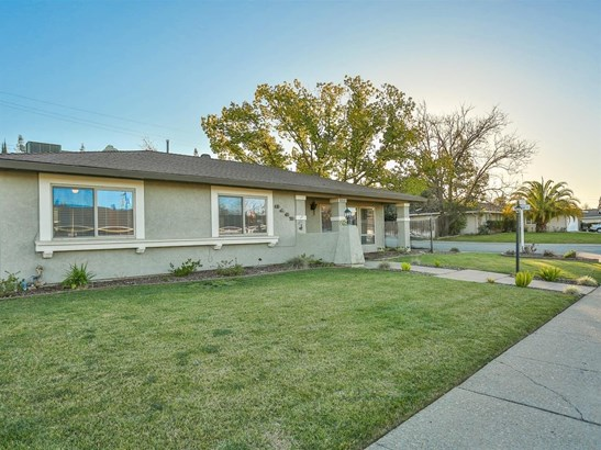 8142 Leafcrest Way, Fair Oaks, CA - USA (photo 2)