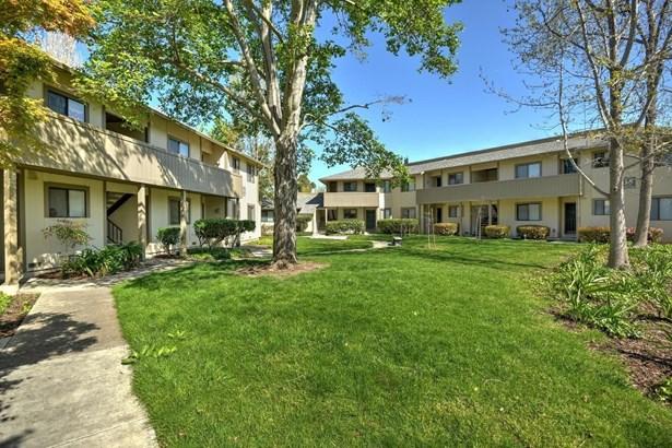 1098 North Abbott Avenue, Milpitas, CA - USA (photo 2)