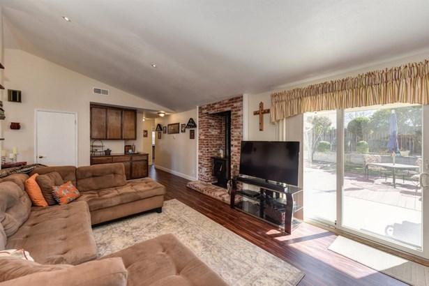 1086 Windermere Avenue, Roseville, CA - USA (photo 5)