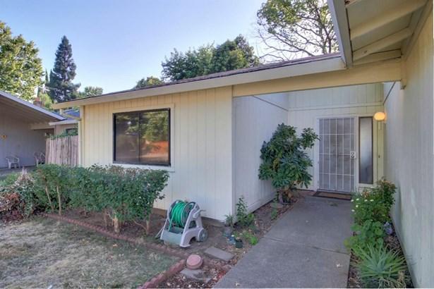2430 Stokewood Way, Rancho Cordova, CA - USA (photo 2)