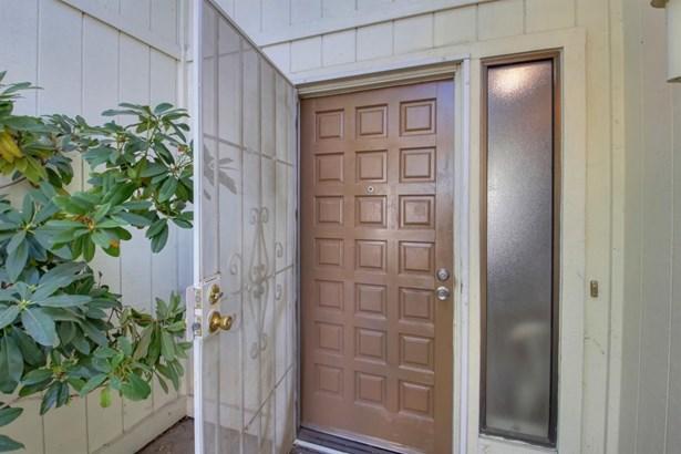 2430 Stokewood Way, Rancho Cordova, CA - USA (photo 4)