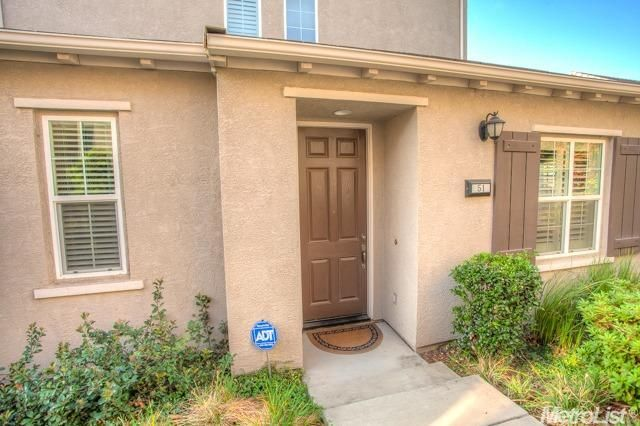 51 Villa Gardens Court, Roseville, CA - USA (photo 2)