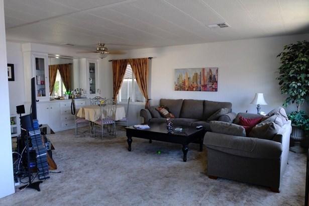 604 Pringle Avenue 34, Galt, CA - USA (photo 2)