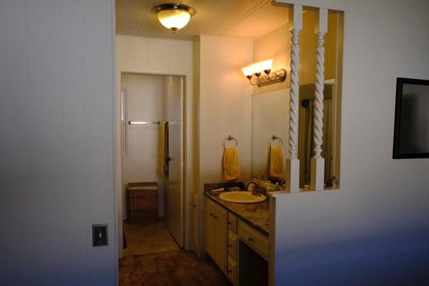 604 Pringle Avenue 34, Galt, CA - USA (photo 5)