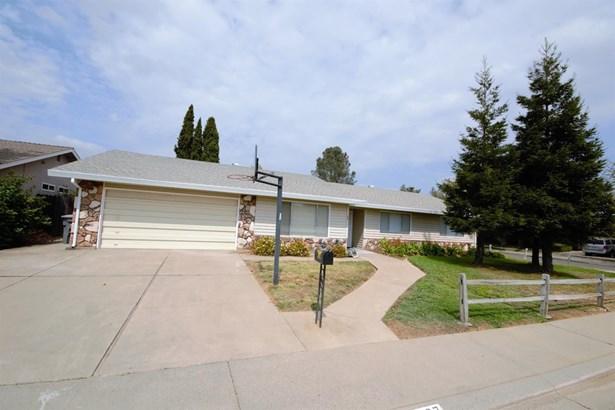 8937 Rosslare Court, Elk Grove, CA - USA (photo 3)
