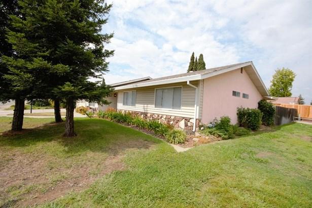 8937 Rosslare Court, Elk Grove, CA - USA (photo 4)