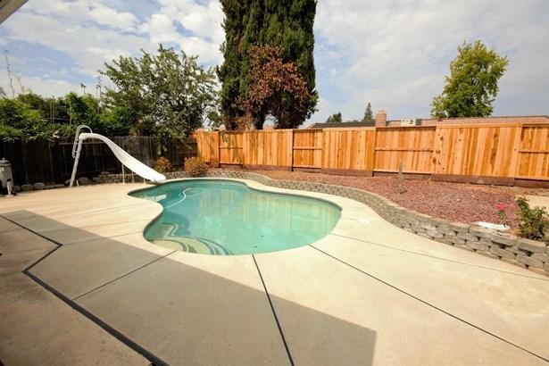 8937 Rosslare Court, Elk Grove, CA - USA (photo 5)