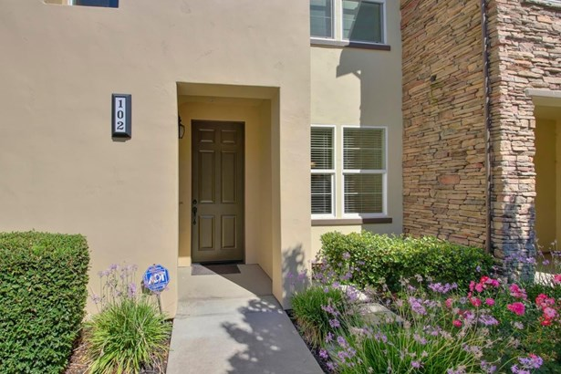 421 Anchor Lane 102, West Sacramento, CA - USA (photo 1)