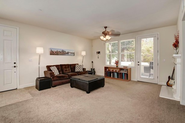 421 Anchor Lane 102, West Sacramento, CA - USA (photo 2)