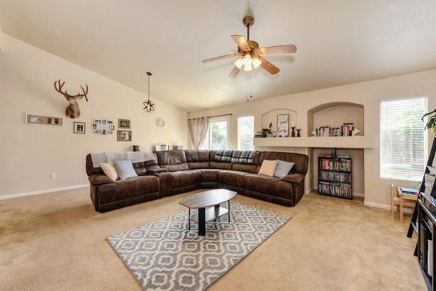 806 Rich Place, Wheatland, CA - USA (photo 3)