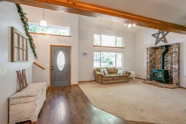 3180 Castlewood Circle, Pollock Pines, CA - USA (photo 4)