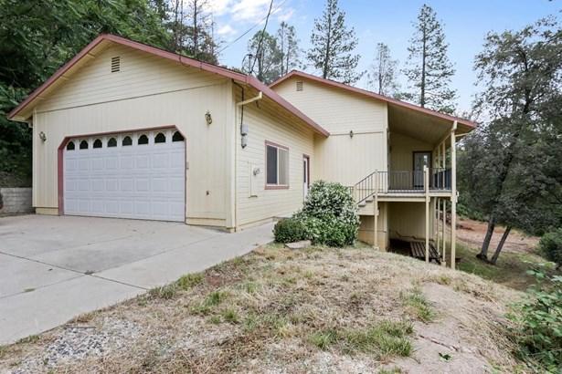 455 Pleasant Street, Colfax, CA - USA (photo 2)