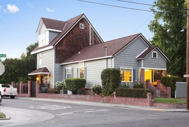 3350 Riverside Boulevard, Sacramento, CA - USA (photo 1)