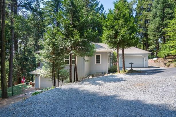 7045 Kamloops Drive, Pollock Pines, CA - USA (photo 3)