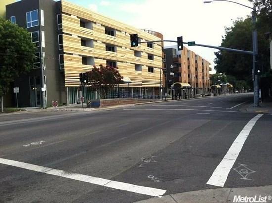 330 12th Street, Sacramento, CA - USA (photo 3)