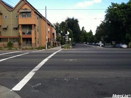 330 12th Street, Sacramento, CA - USA (photo 5)