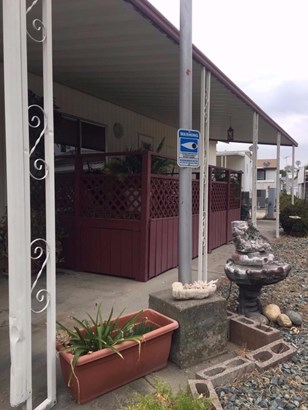 5747 Clearwater Drive, Sacramento, CA - USA (photo 5)