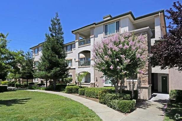 701 Gibson Drive 2036, Roseville, CA - USA (photo 1)