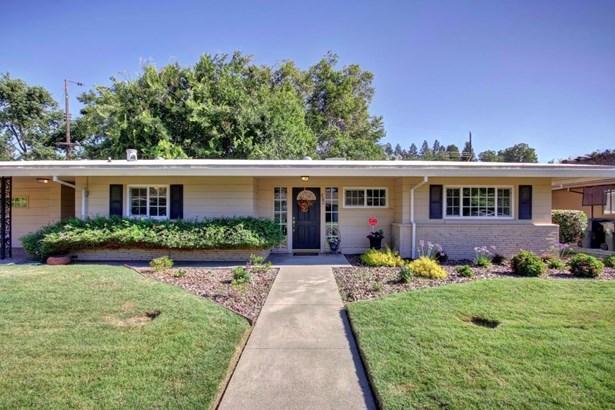 4940 Crestwood Way, Sacramento, CA - USA (photo 1)