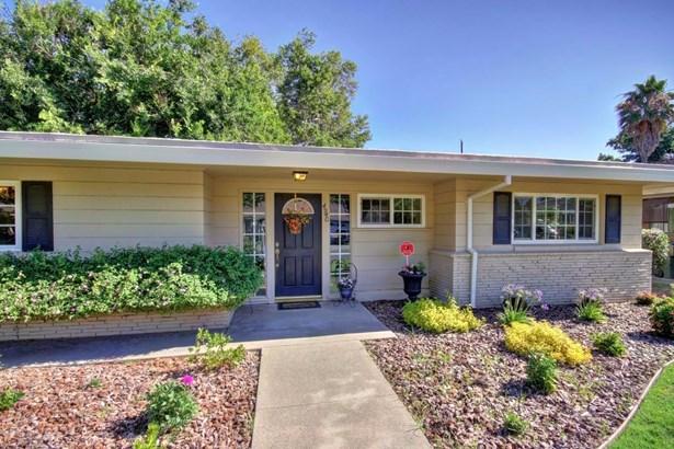 4940 Crestwood Way, Sacramento, CA - USA (photo 2)