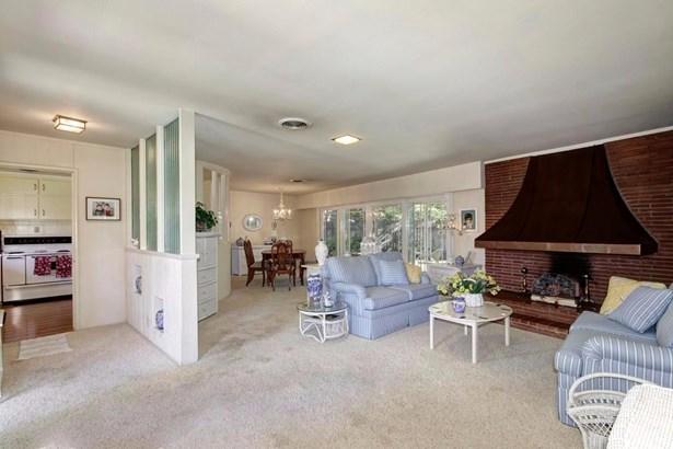 4940 Crestwood Way, Sacramento, CA - USA (photo 5)